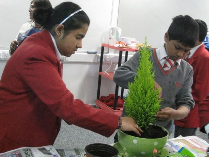 Swanlea students making planters