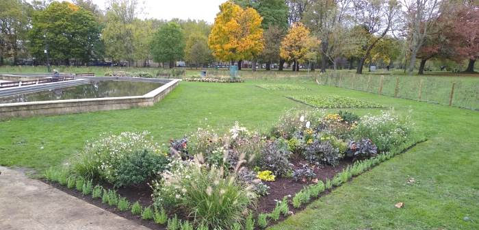 Photo of flower beds in Victoria Park